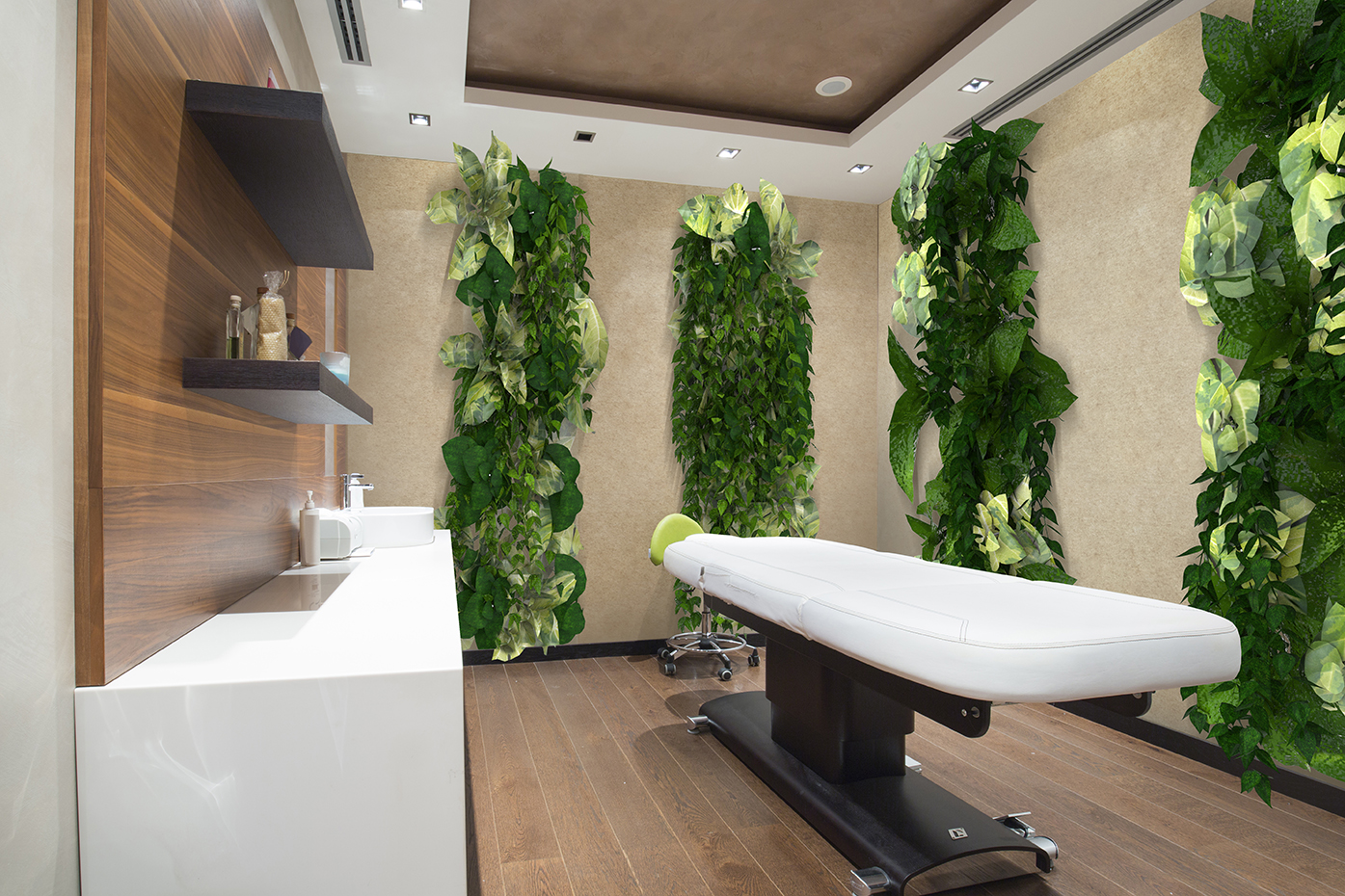 Surface Greenery Hospitality Massage